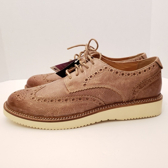 Sperry Size 8 Gold Cup Brown Wingtip
